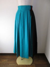 トラノイ/TRANOI.  Oz skirt  green×black