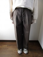 マイカアンドディール / MICA&DEAL  center press wide pants  camel